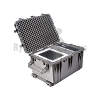 PELI™ 1660 Protector case 716x499xH448 int. with foam and wheels